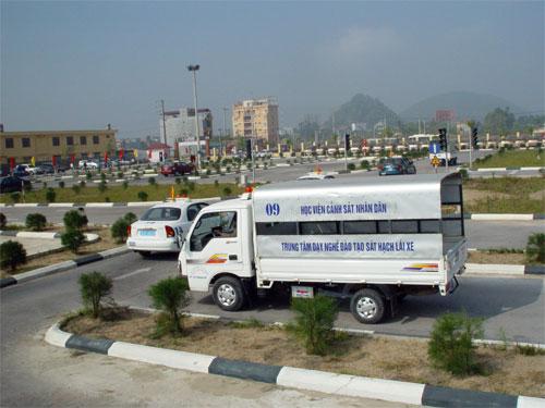 học bằng lái xe tải