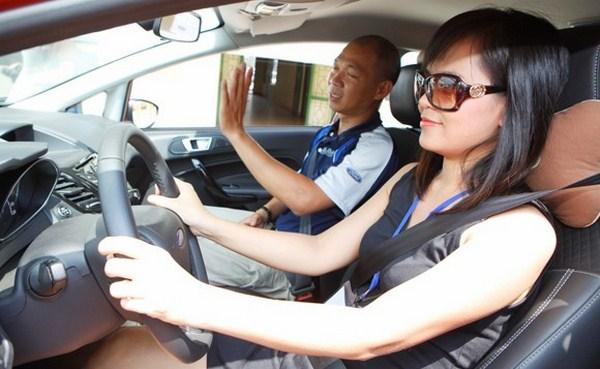 Cảnh báo lừa đảo khi học lái xe