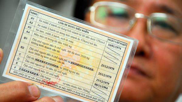 đổi bằng lái xe từ nước ngoài sang Việt Nam